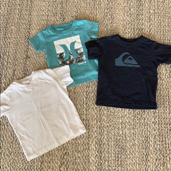 16978892ff Quicksilver & Hurley Infant T's (size 12m)